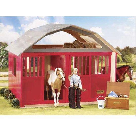 Breyer Traditional (1:9 mittakaava) Deluxe Two-Stall Barn kahden hevosen talli (punainen)