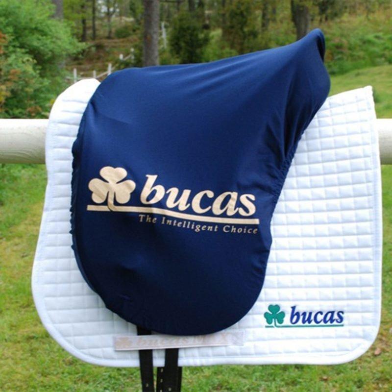 Bucas Max satulansuojus muotoiltu tummansininen Bucas-logolla